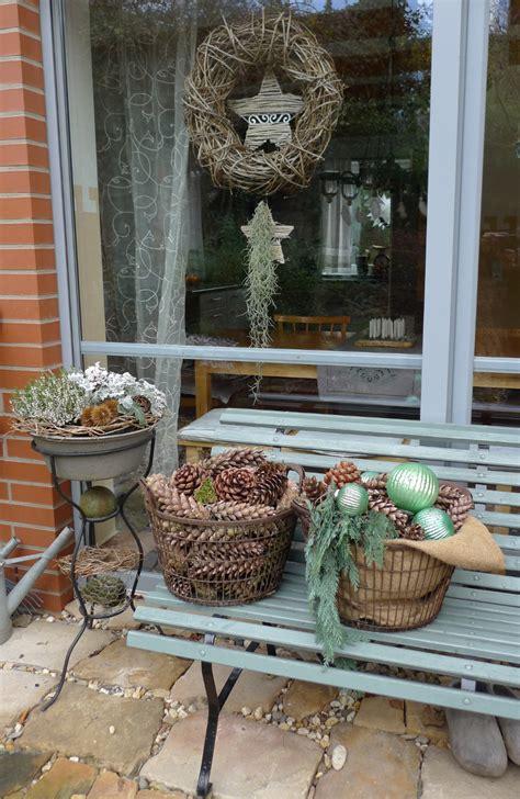 weihnachtsdeko im außenbereich nat 252 rliche weihnachtsdeko zapfen sterne gr 252 n karin naturalstyle