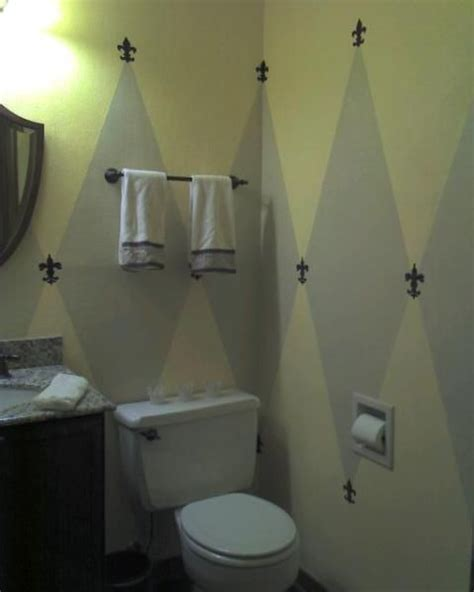 bathroom decorating ideas  orleans style  bath     bathroom