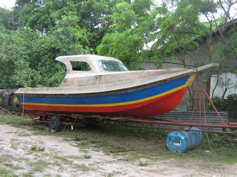 Fishing Boat Manufacturer Malaysia by Fibreglass Boat Building Malaysia Classic Wooden Boat For