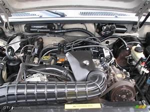 1999 Ford Explorer Xlt 4x4 4 0 Liter Ohv 12