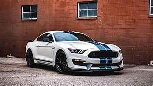 2020 Ford Mustang Shelby GT350 Heritage Edition: Steeped in history - Roadshow