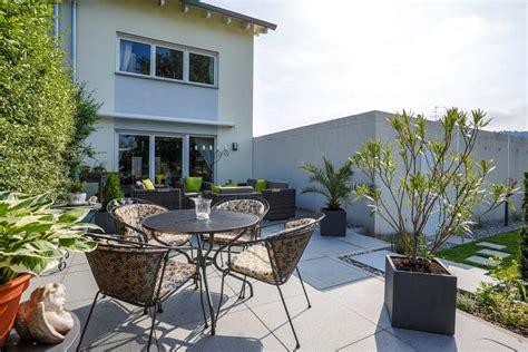Terrassengestaltung Mit Pflanzen by Terrasse Mit Pflanzen Wohnlich Gestalten Galanet