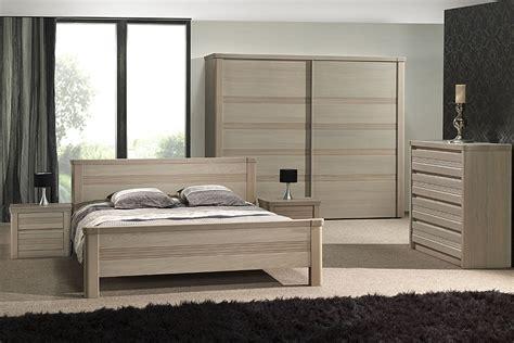chambres à coucher en bois chambre bois blanchi photo 14 20 une commode en