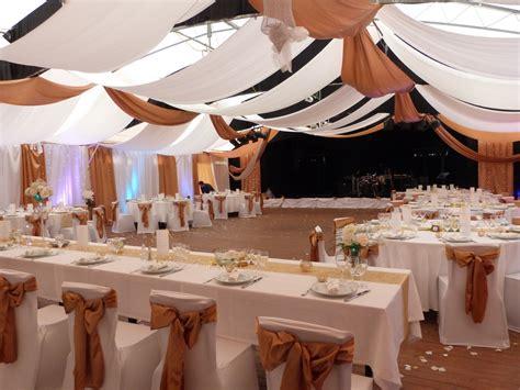 decorer une salle pour un mariage comment d 233 corer votre salle de mariage avec une tenture de mariage d 233 corations de f 234 te