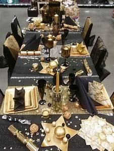 Table De Fete Decoration Noel : table de f te noir et or deco noel pinterest tables ~ Zukunftsfamilie.com Idées de Décoration