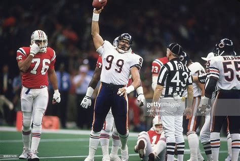 Chicago Bears Steve Mcmichael Victorious After Fumble