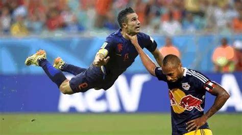 Van Persie Meme - 20 best funniest world cup memes photos youtube