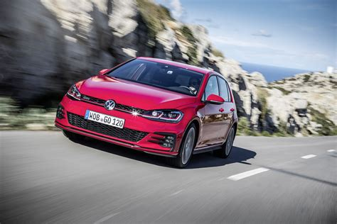 volkswagen gti 2017 vw golf gti performance 245 launched from 32 475
