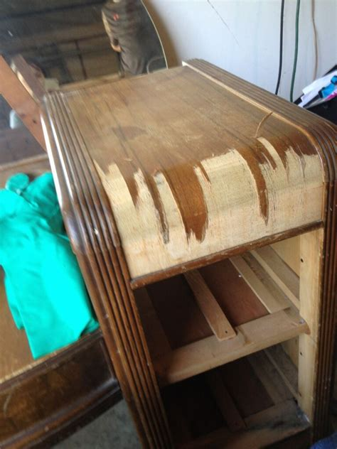 hometalk staining  wooden  vanity table   life