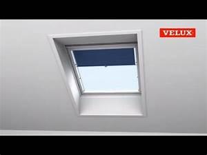 Velux Dachfenster Rollo : velux einbauvideo sichtschutz rollo mit haltekrallen youtube ~ Watch28wear.com Haus und Dekorationen
