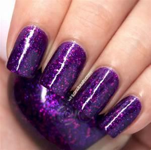 Cool purple glitter nail art design ideas for trendy girls