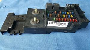 1999 99 Ford F150 5 4l 4wd Under Dash Fuse Box Assembly