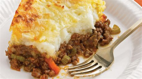 cheddar topped shepherds pie