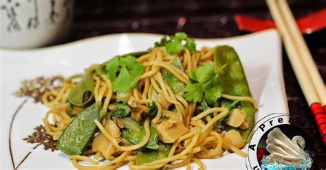 comment cuisiner les nouilles chinoises nouilles chinoises aux légumes a prendre sans faim