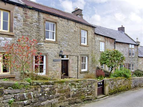 cottage holidays uk wildflower cottage winster peak district self