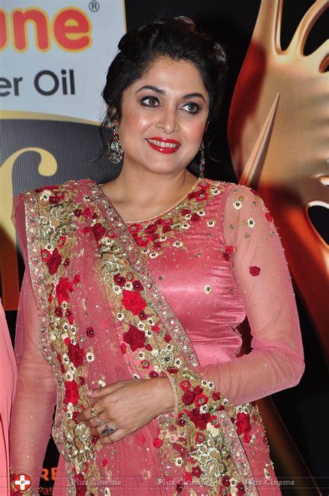 picture  ramya krishnan iifa utsavam awards