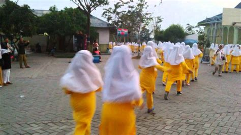 Video Hari Pertama Santriwati Gontor Putri Youtube