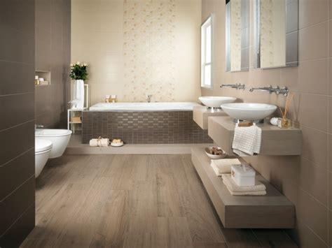 schöne badezimmer bilder glänzende bad fliesen atlas concorde italienische eleganz im bad