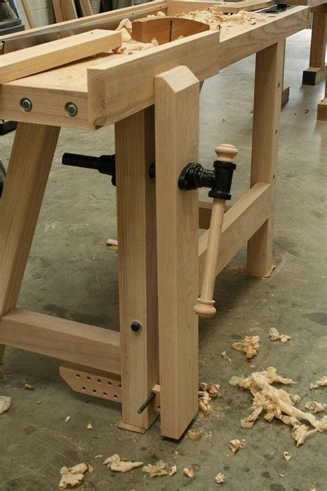 simple leg vise woodworking workbench woodworking bench
