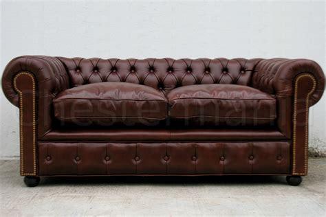 sofa con respaldo sinonimo sof 225 chesterfield 2 cuerpos en cuero vacuno liso