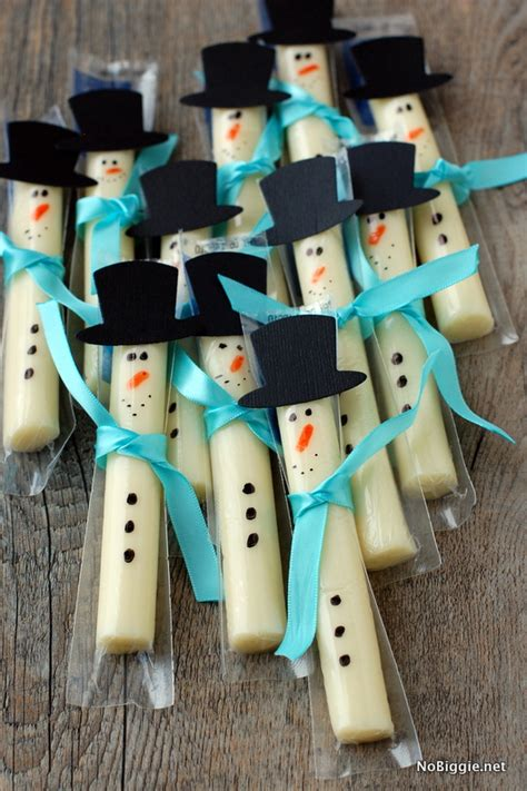 string cheese snowman family crafts 165   stringcheese snowman