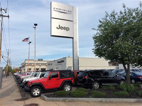 Chrysler Dealership Locations by Maguire To Buy Move Lowery Chrysler Jeep Dealership In