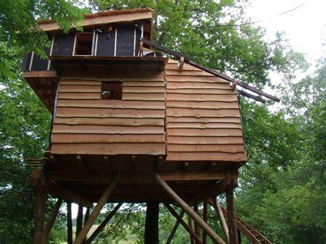 chambre d hote cabane dans les arbres cabanes dans les arbres 64 le chantier continu cabanes