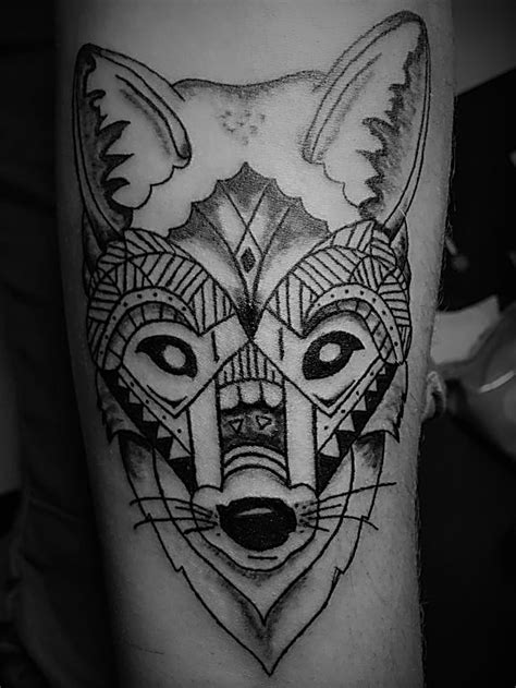 creation contour du loup mandala kalypso tattoo ink