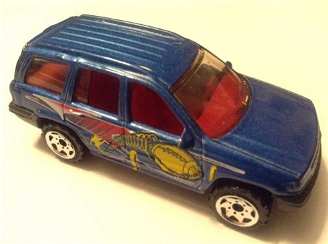 matchbox jeep grand cherokee jeep grand cherokee toy car die cast and wheels