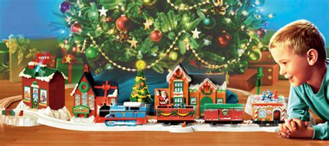 toy train going around top of a tree lionel union pacific set around tree set n scale diesel with sound
