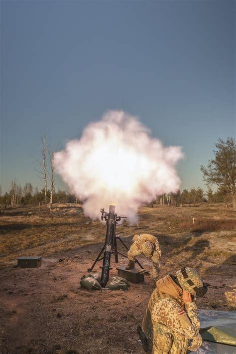 Noslēdzies 120mm mīnmetēja vienības komandieru apmācības ...