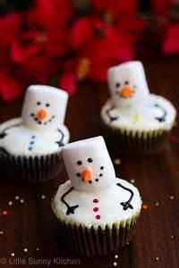 3 ingre nt Strawberry Santas for Christmas ADORABLE