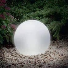 Solarkugel 40 Cm : solar leuchtkugel 30 cm wei ~ Watch28wear.com Haus und Dekorationen