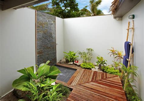 Outdoor Bathroom Ideas by 25 Wonderful Tropical Bathroom Design Ideas