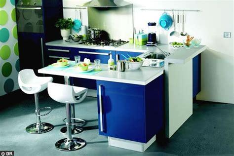 cuisine integre un coin repas intégré dans une cuisine de pro coin repas