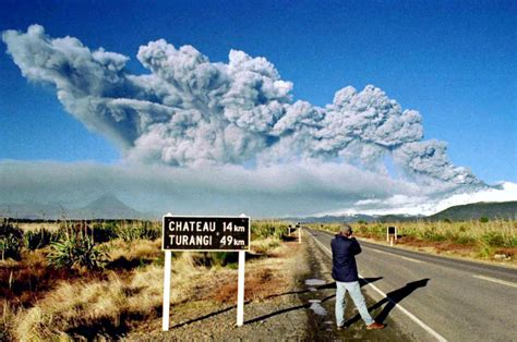 massive magma build    zealand  start