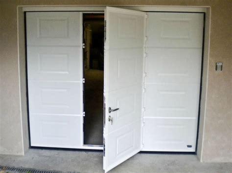 porte de garage sectionnelle 224 cassette avec portillon