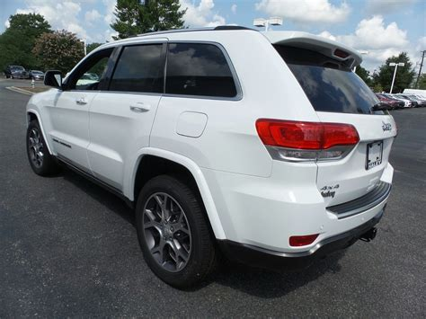 New 2018 Jeep Grand Cherokee Sterling Edition Sport