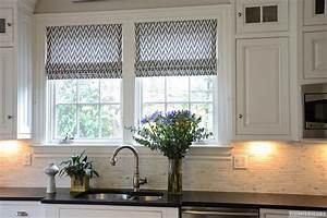 Black and white kitchen curtains ideas important factors for Kitchen curtain ideas black and white
