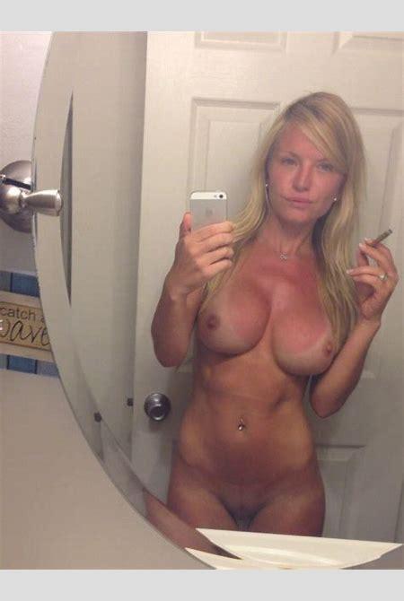 nude milf selfies - DATAWAV