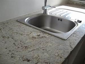 Evier Cuisine Granit : cuisine zone d 39 vier de cuisine classique claire en granit ~ Premium-room.com Idées de Décoration