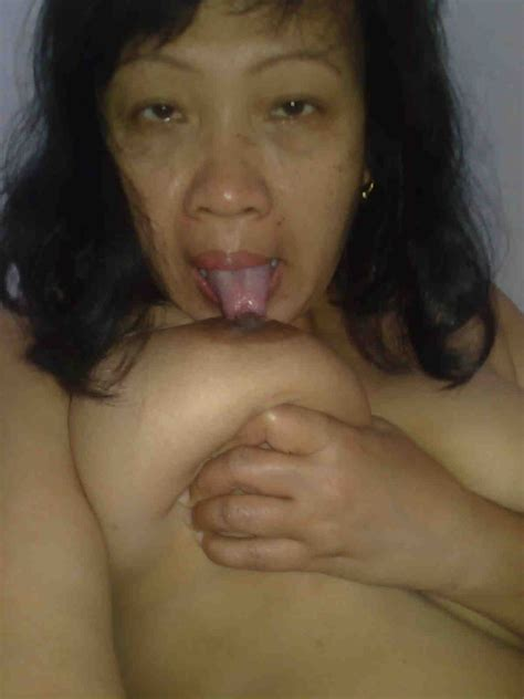 Foto0687  In Gallery Mature Indonesia Pembantu Self Photos Nude Picture 8 Uploaded By Pak