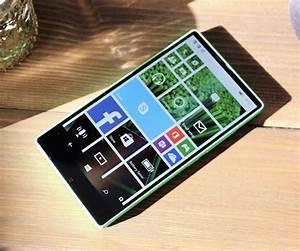 Microsoft Cancelled A Bezel Less Windows Phone Three