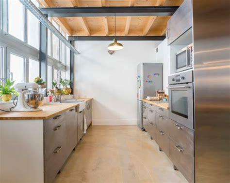 cuisine ferme cuisine avec une façade en inox photos et idées déco de