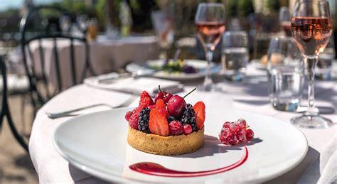 cours de cuisine avec un grand chef étoilé recette traditionnelle tarte aux fruits rouges et coulis