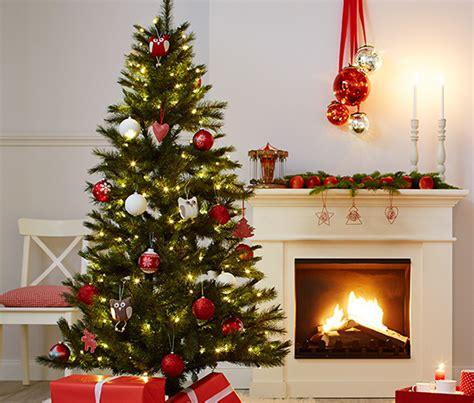 4 weihnachtsbaum kugeln rot und wei 223 bei tchibo