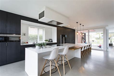 luxury kitchens  edinburgh property improve
