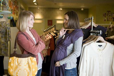 robe de grossesse tendance pour femme enceinte moderne
