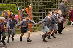 Pupils banned from ' too dangerous' playground games ...