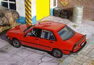 Cruiser  43  1 43 Classics   Renault 18 Gtx Ii  1987